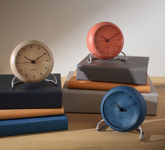arne-jacobsen-table-clocks_category_2020