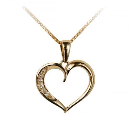 Guld hjerte med sten fra Lotte og Gitte