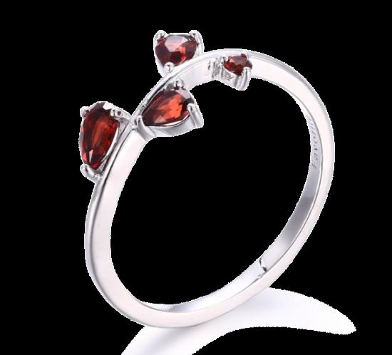 Granat ring fra Designers Favorites